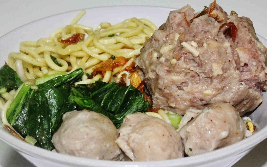 Cara Buat Bakso Ayam Sederhana yang Enak Ala Restoran